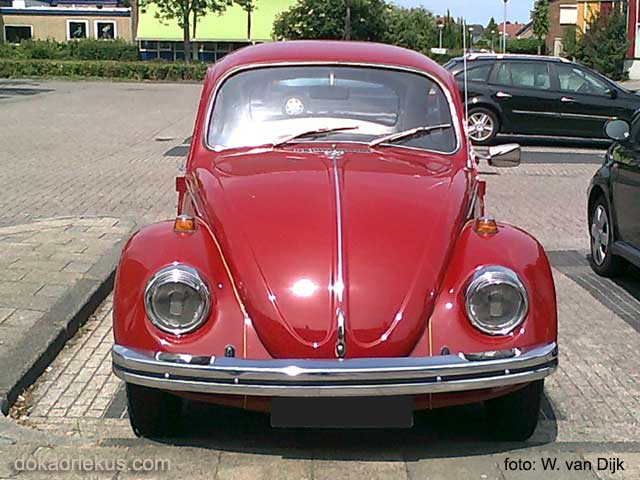 Voorzijde opa's oude VW kever