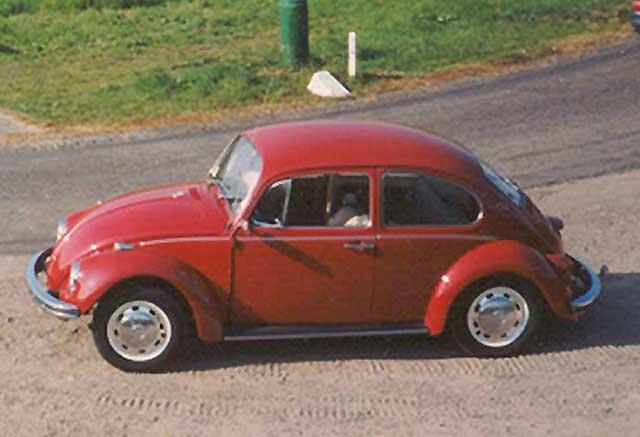 De rode VW kever van opa.