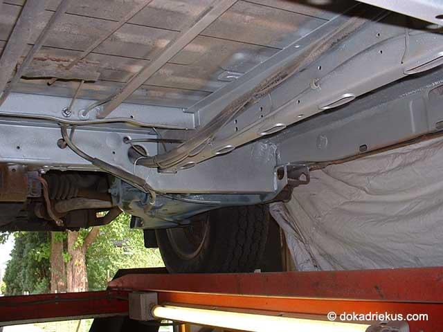 Het chassis van mijn T3 doka in de primer