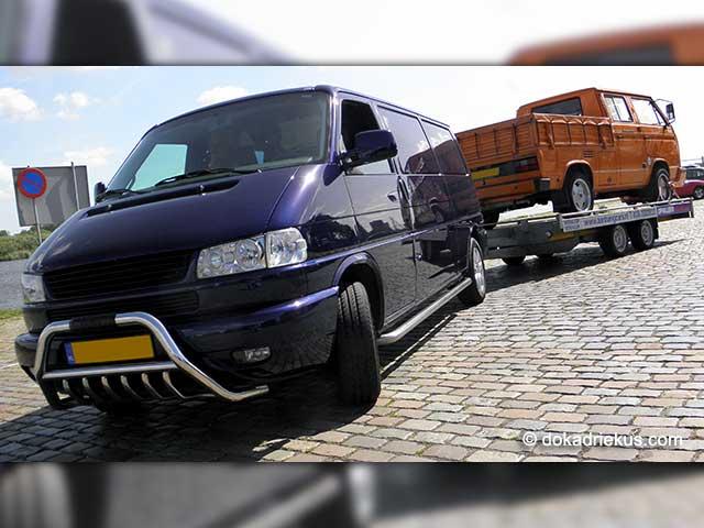 VW T4 voor T3 op autotransporter