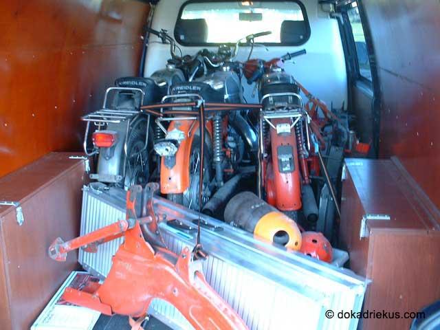 Enkele Kreidlers achter in de VW T4