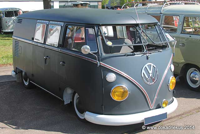 VW T1 kombi in matte lak